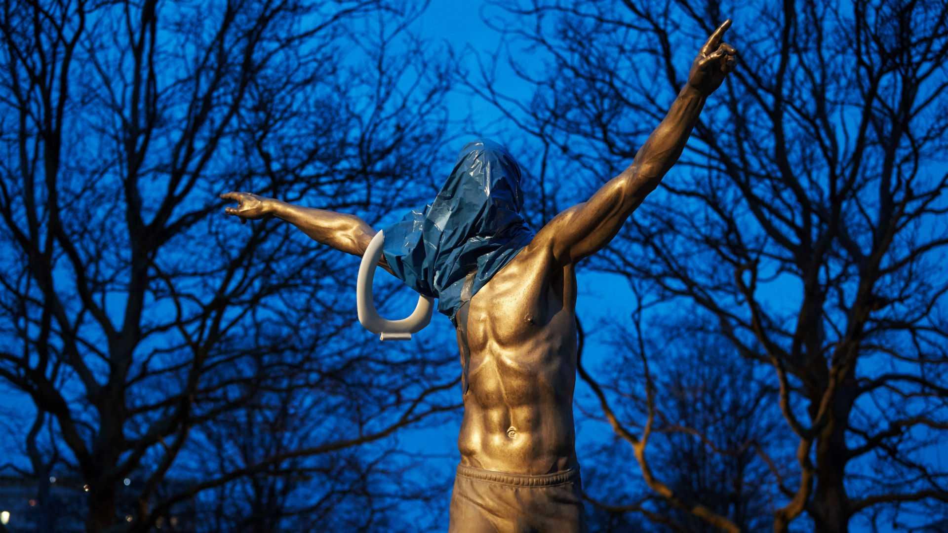 Статуя Ибры в Мальме