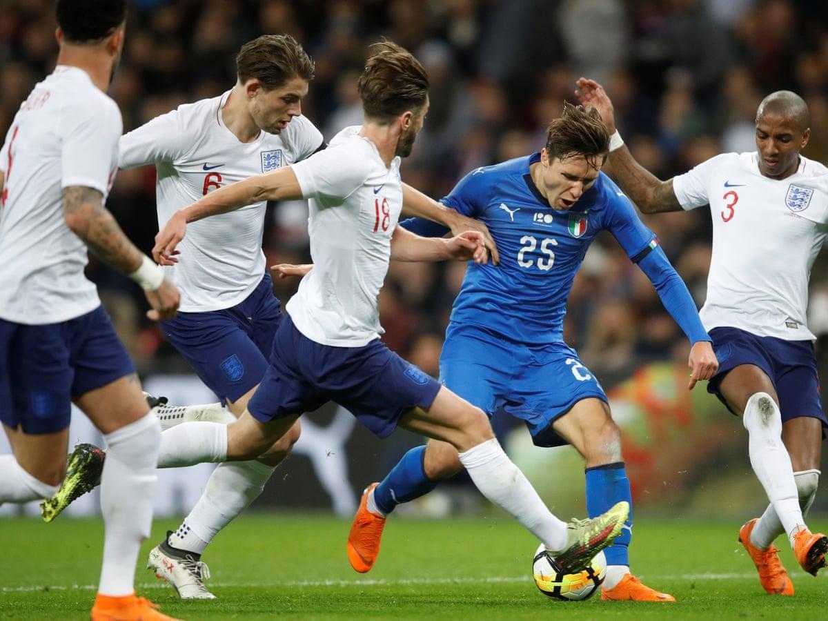 Англия Италия
